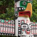 totem nativi Alaska e Canada 127x126 - I totem dell'Alaska e del West Canada: libri di storia in legno