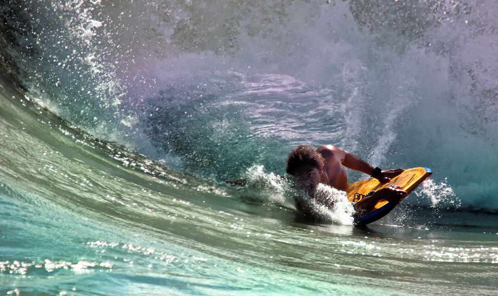 5142468072 bc241b80f0 b - Dove praticare surf alle Hawaii?